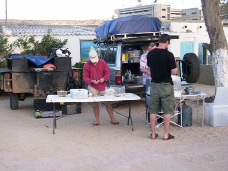 Nouadhibou: tee autokindlustus meil ja jää ööseks. Vot selline koht.