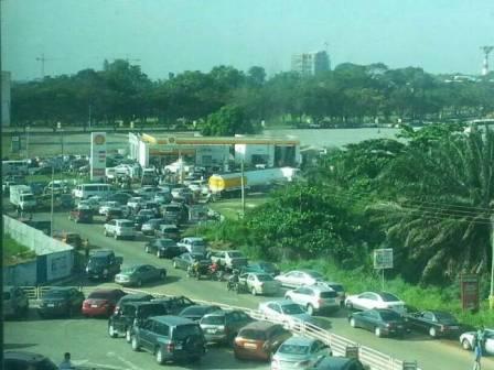 bensiin, petrol, shell, neste, ghana, accra, no fuel,